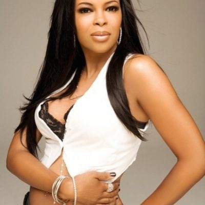 Born to Sing: Dawn Robinson