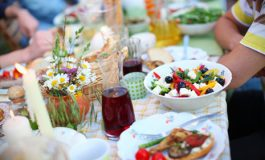 How Not To Sabotage Our Summer Eating